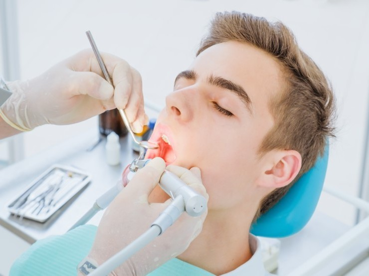 """Getting to the """"root"""" of tooth decay and infection Image"""
