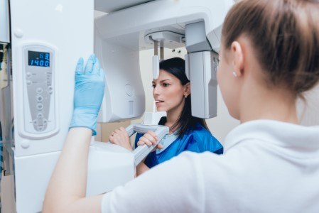 Digital X-Rays: Quicker, Safer Results Image